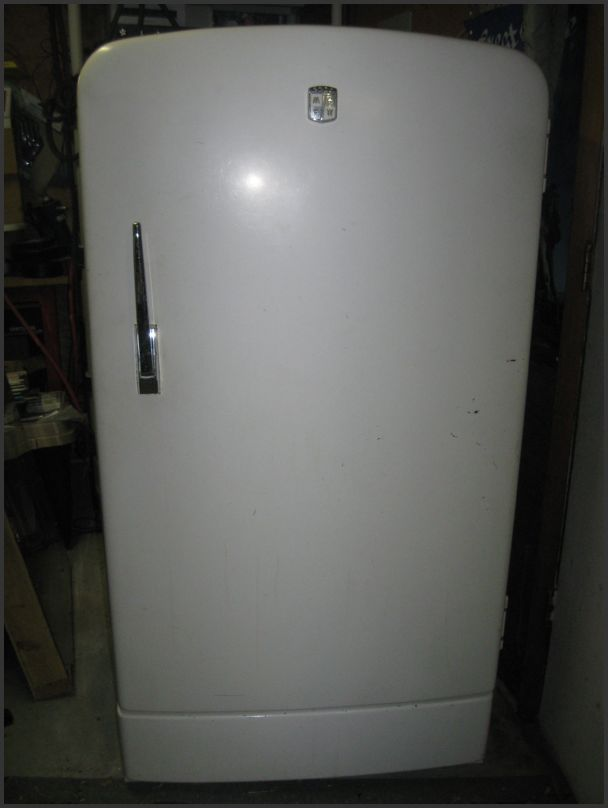 Antique Radio Forums • View topic - old 50s Refrigerators